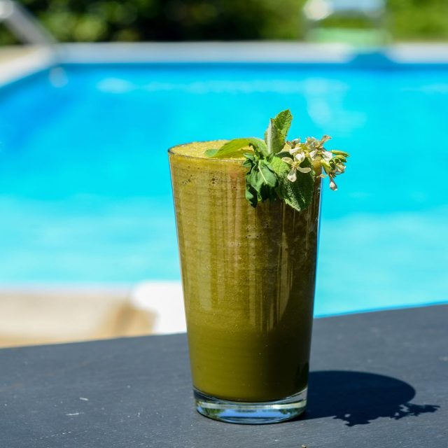 We hope you all are holiday weekending it up! greenjuicehellip