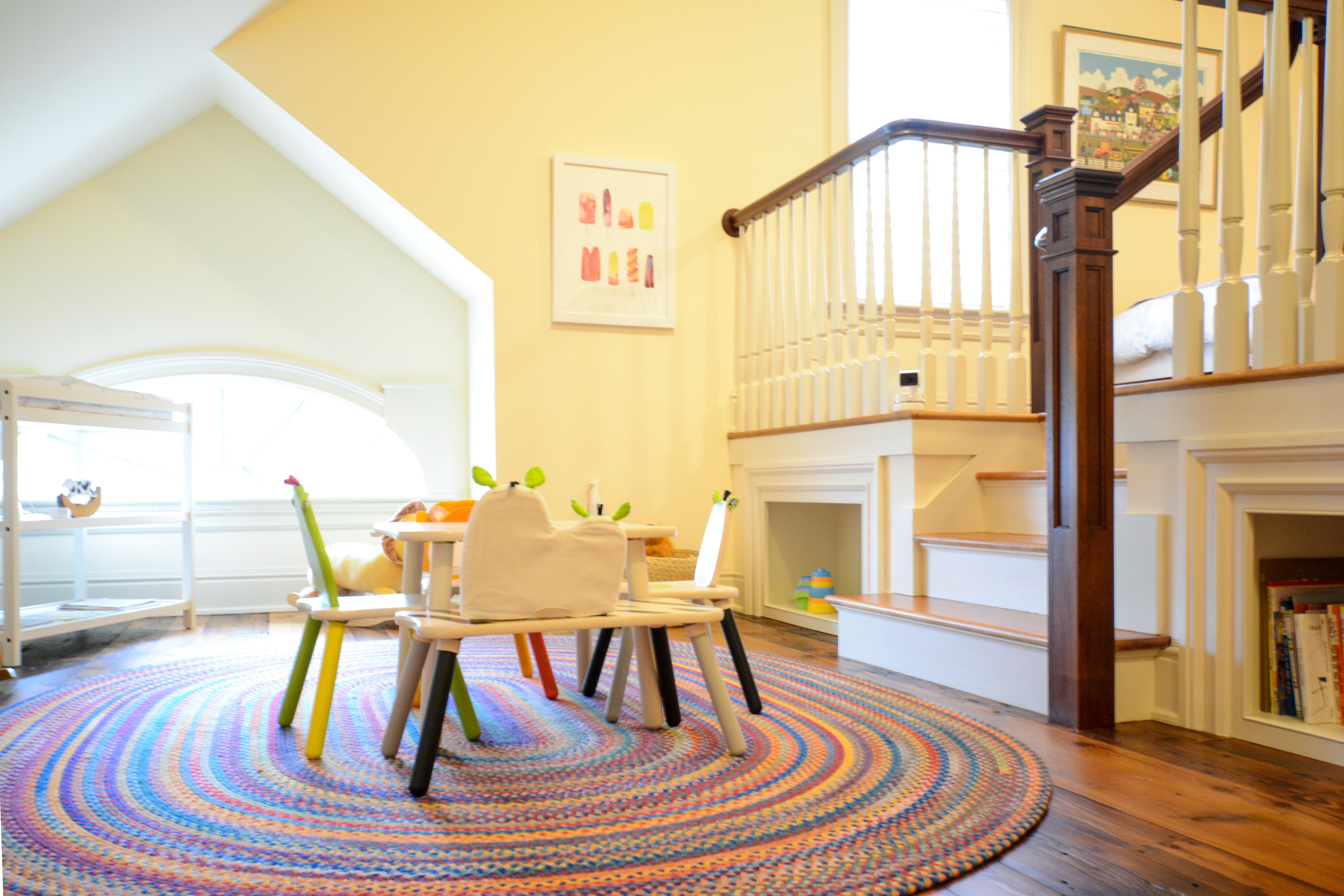 Inra Nursery Kid Table