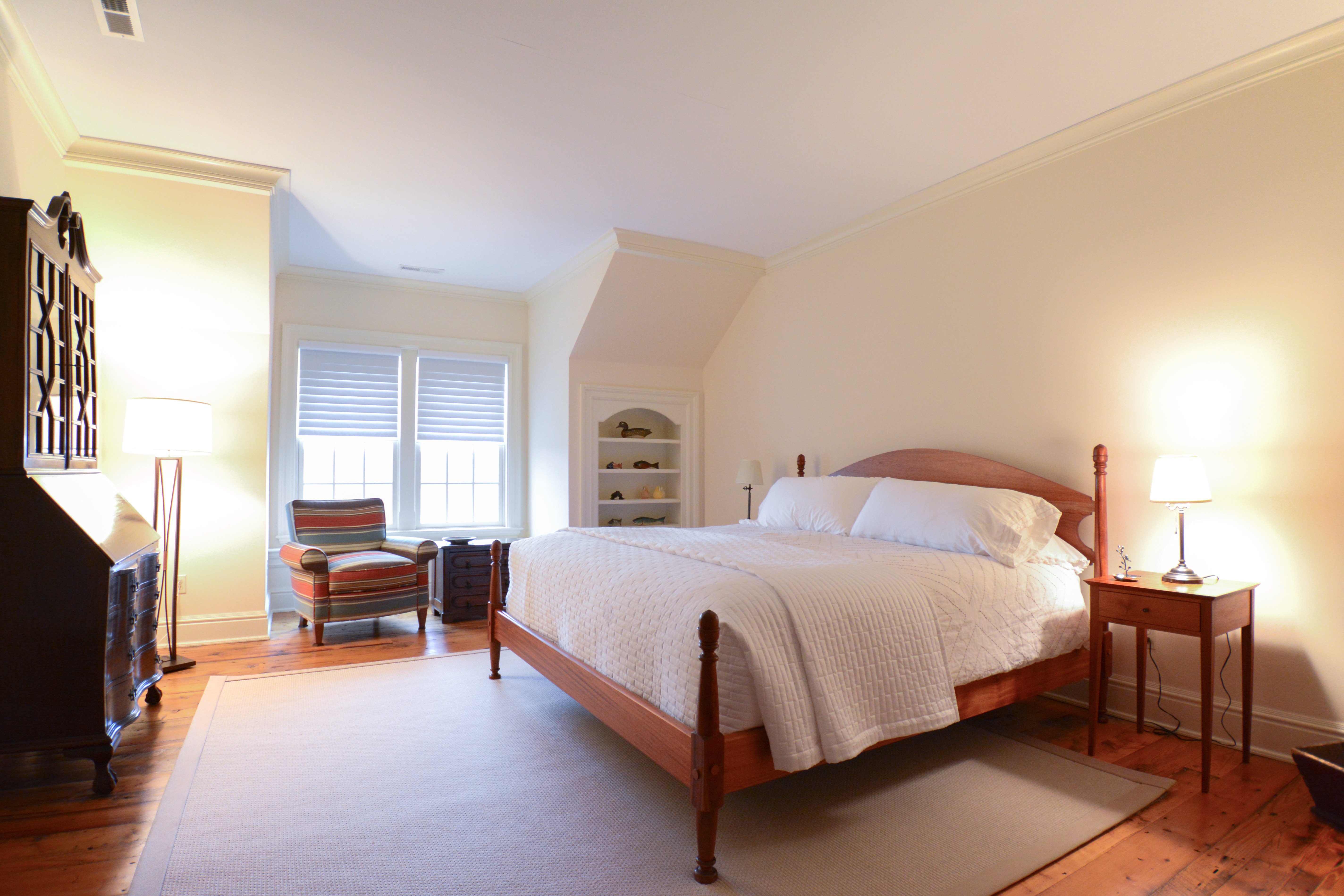 Inra Guest Bedroom White